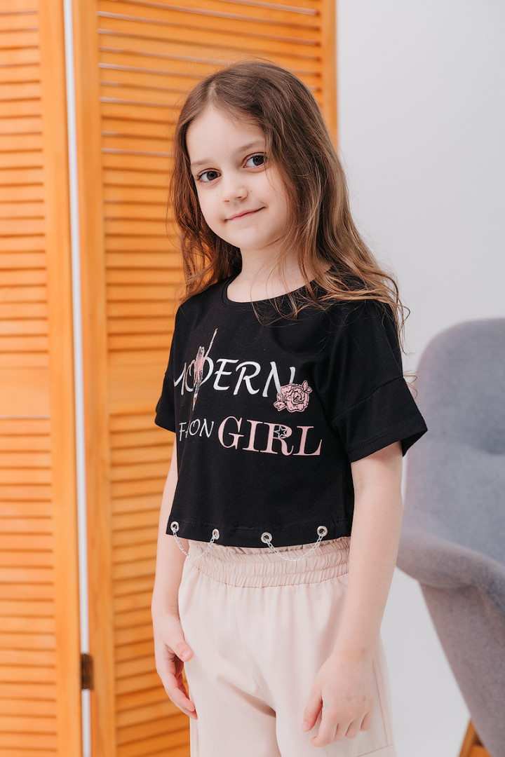 "Укорочена футболка ""MODERN"""