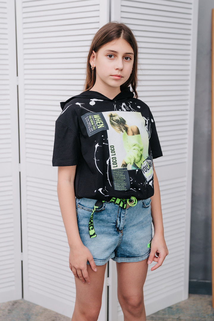 Джинсовые шорты с ремнём для девочки