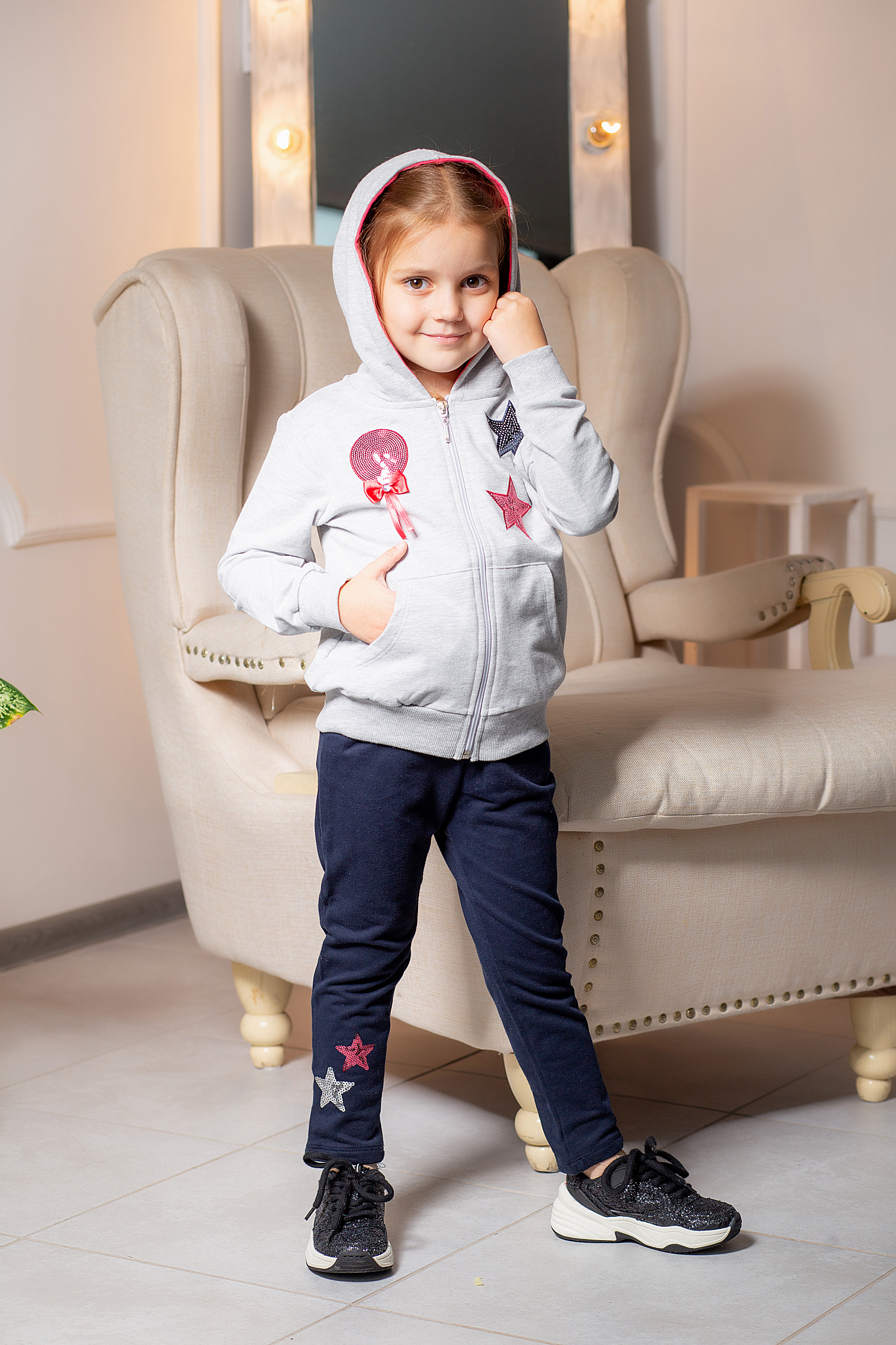 Одежда для девочек 2-5 лет - кофта с капюшоном