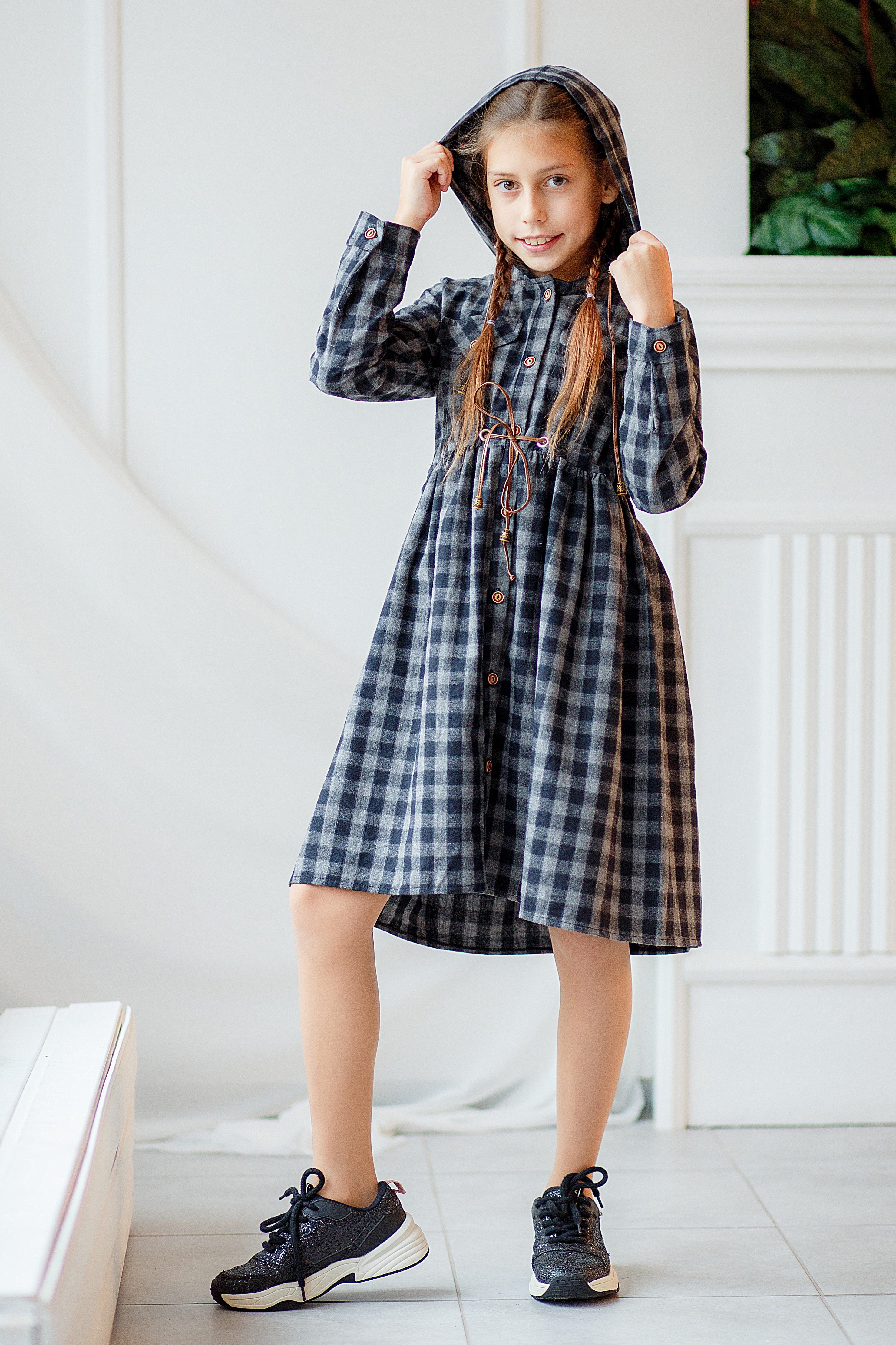 Одежда для девочек 6-14 лет - платье с капюшоном